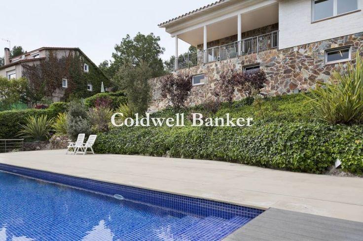 Casa unifamiliar con magnificas vistas de 423 m2 | Matadepera | B01062SQ | Coldwell Banker Sant Cuga