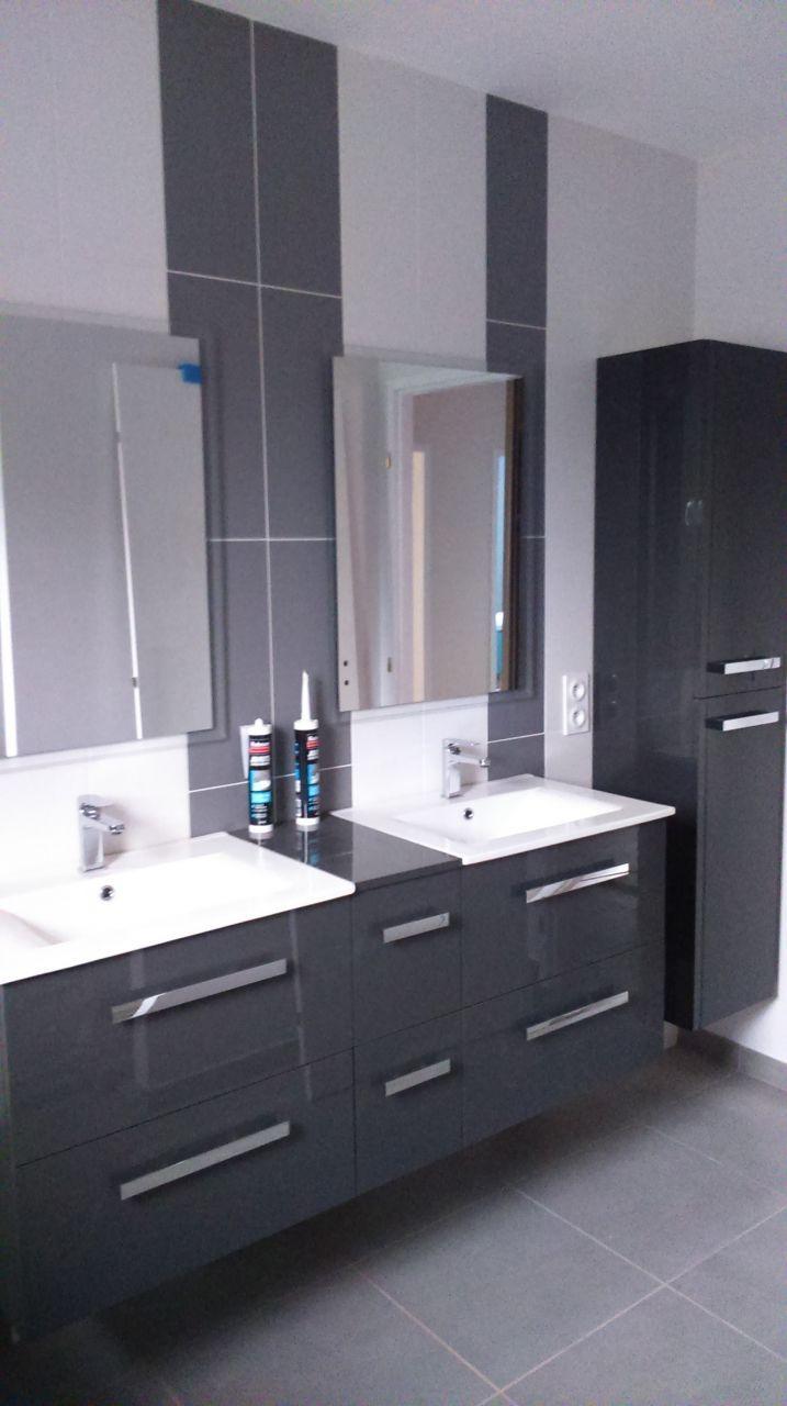 Salle de bain double vasque avec coquette centrale sdb for Double vasque sdb