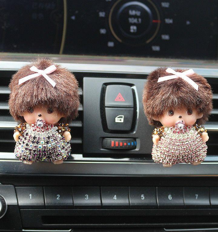 De coches de Estilo patrón de Meng Kiki Kiki toma de enchufe Del Coche perfume de La Señora decoración del coche Colgando Coche Ambientador Perfumes 100 Original