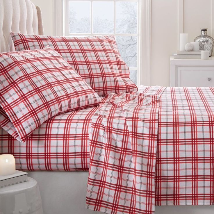 Ultra Soft Premium Christmas Plaid Pattern 4 Piece Flannel