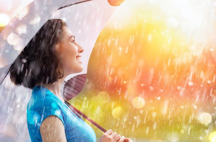 O vorba din popor spune ca omul #gospodar isi face iarna car si vara sanie. Asadar, desi iarna nu a plecat inca, tu te poti pregati deja de noile campanii de #marketing. In campaniile de primavara din acest an, poti include umbrelele, ca instrumente eficiente de #promovare. #promotionale #personalizare #umbrela