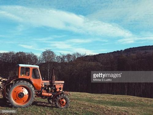 06-23 A tractor waiting idle during Christmas in Brotterode,... #brotterode: 06-23 A tractor waiting idle during Christmas in… #brotterode
