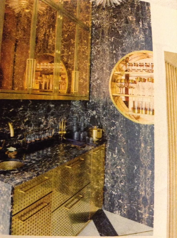 Black marble and brass bar by Kelly Wearstler for Whitney Casey, Austin Texas. Photo by Stephan Juillard.