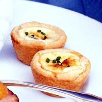 Backyard Wedding Reception Menu -     Petite Quiches -   Pressing the crust into mini muffin cups is easy if you use the pestle from a mortar and pestle. Dip the end in flour before each use.    http://www.bhg.com/wedding/recipes/at-home-wedding-reception-menu/?page=2