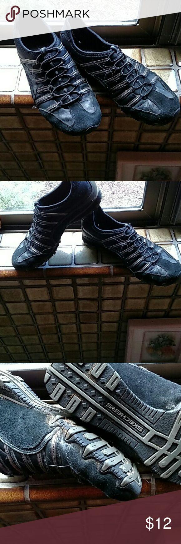 Gently worn Sketchers sneakers Comfortable Shoes Sneakers