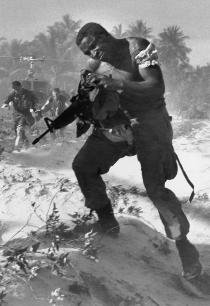 picture south vietnam and eddie adams Associated press photographer eddie adams's camera shutter clicked once, and  one of the most  1, 1968, photo, south vietnamese brig.