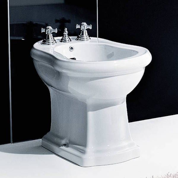 Retro Bidet   Traditional Continental Style Bidet  Luxury Italian Ceramic   Brilliant White  Retro BathroomsWashbasin. Best 20  Traditional bidets ideas on Pinterest   Traditional bidet