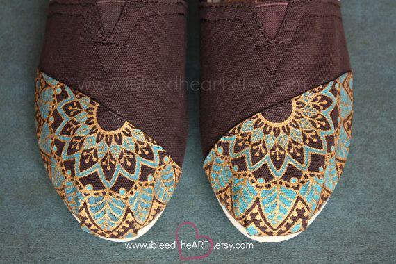 Women - Henna Mehndi Mandala Flower Custom Painted TOMS Shoes