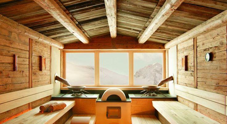Feel comfortable and relax in one of the many saunas of Hotel Alpenhof **** near to Hintertux Glacier, Austria. // Poczuj się komfortowo i zrelaksuj w jednej z licznych saun Hotelu Alpenhof **** u podnóża lodowca Hintertux, Austria.