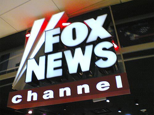 Fox News Channel has apologized to veterans for a story earlier this month that profiled a man who claimed to have served in Vietnam, was a Navy SEAL and earned two Purple Hearts – none of wh…
