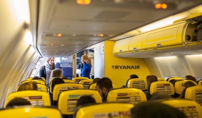 Il memorandum definitivo per viaggiare low cost con Ryanair. Cosa tenere a mente per risparmiare davvero con la compagnia low cost per eccellenza.