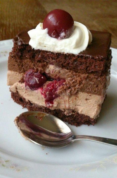 Tortulete cu ciocolata si visine