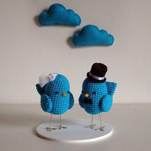 Blue birds & clouds, bride and groom #amigurumi #cake #topper