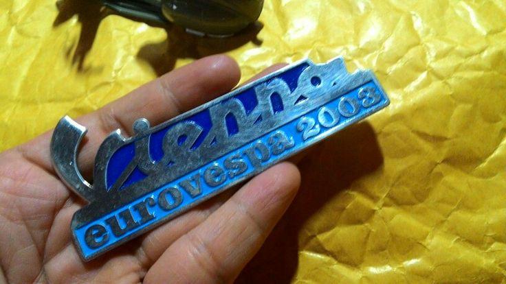 Badge placca vespa euro vienna 2003 Size. 10cm to 4.3cm