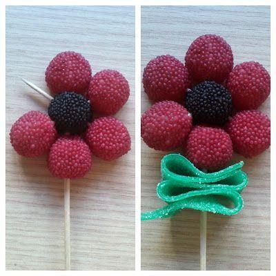 Ideas originales para una celebración infantil. Flores con chucherías.#party #fiesta #diy