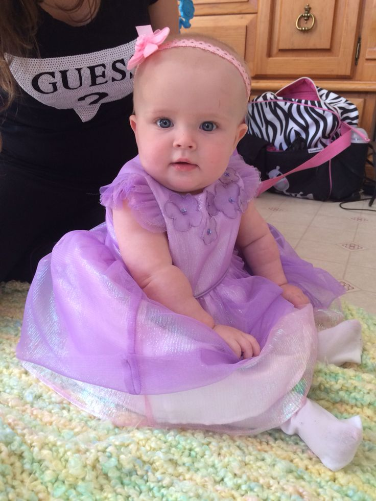 Kendall dressed up for Easter #PLNbaby