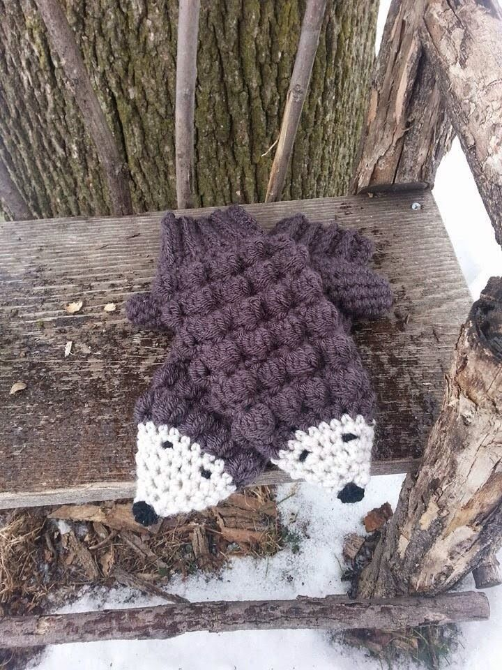 Good day to you! And thanks for reading :)  I was browsing through Pinterest the other day and came across a pair of crocheted hedgehog mi...