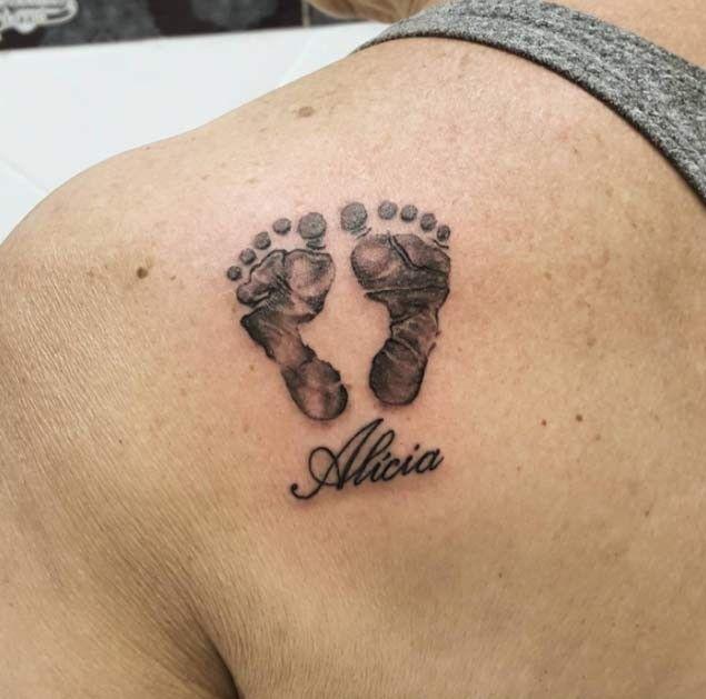 Pin De Yanira En Tatuajes Tatuajes De Pies De Bebe Tatuajes De