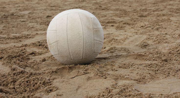 Volleybalvereniging VEB'98 organiseert op zaterdag 27 augustus een Beachvolleybal toernooi op het dorpsplein van Borger. Knarsend zand tussen de tenen, terwijl de tegenstander aan het zandhappen is om JOUW bal van de grond te houden.  Lees verder op onze website.
