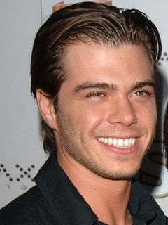 Matthew Lawrence. he seriously has the cutest smile