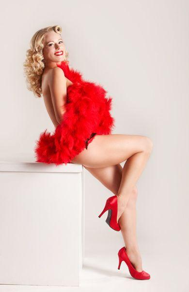 Get boudoir photos taken as a gift for Steff :)