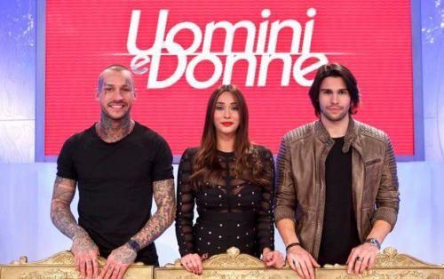 Spettacoli: #Uomini e #Donne anticipazioni Trono Classico: Alessandro C chiede a Sonia una seconda possibilità ... (link: http://ift.tt/2irR1FR )