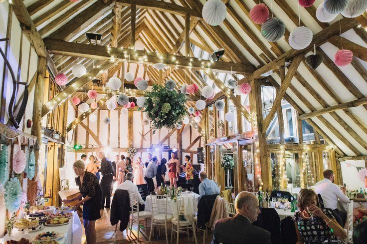 Burchatts Farm Barn Guildford- Surrey Wedding Photography