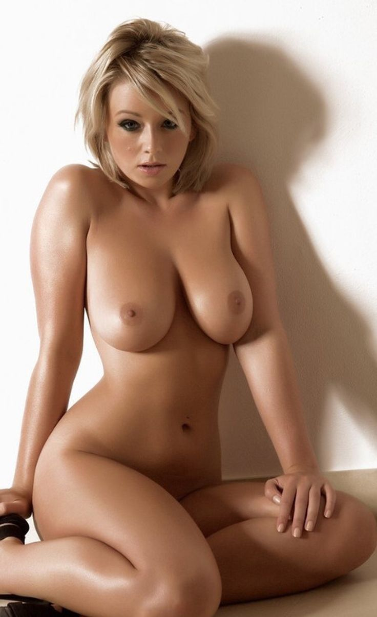 sexy all natural woman in the nude