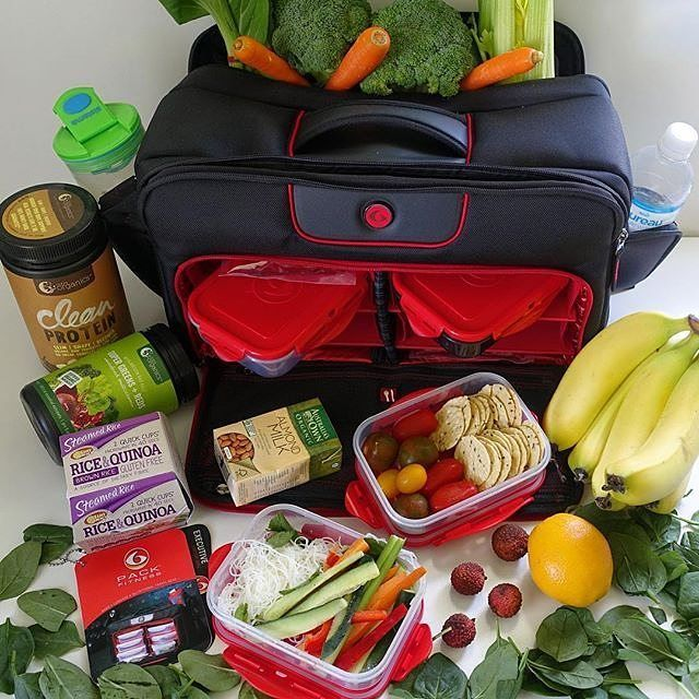 Fruits and veggies are an essential part of nutrition! @the_fitness_dietitian knows exactly what to load up in her 6 Pack Bag to keep her looking and feeling great! by 6packbags Go Check Out Our Website For More Six Pack Fitness Bags! http://mealprepbags.com/product-category/six-pack-fitness/