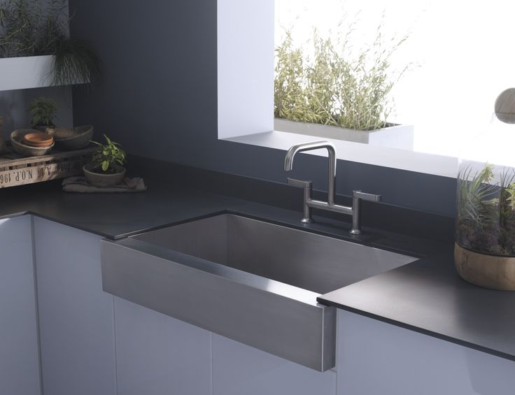 Kitchen Sink. Simple To Luxurious House Minimalist Though Stainless Steel Farm Sinks For Kitchens: Kitchen Astonishing Kitchen Design Ideas With Stainless Steel Farmhouse Apron Kitchen Sinks Along With Grey Laminate Countertops And White Kitchen Counter Table Charming Farmhouse Apron Kitchen Sinks ~ Atheistfag