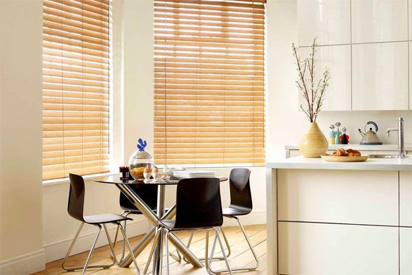 Wood Venetian Blinds Luxurious, contemporary elegance. http://www.topcarpets.co.za/product-gallery/2/blinds/blinds