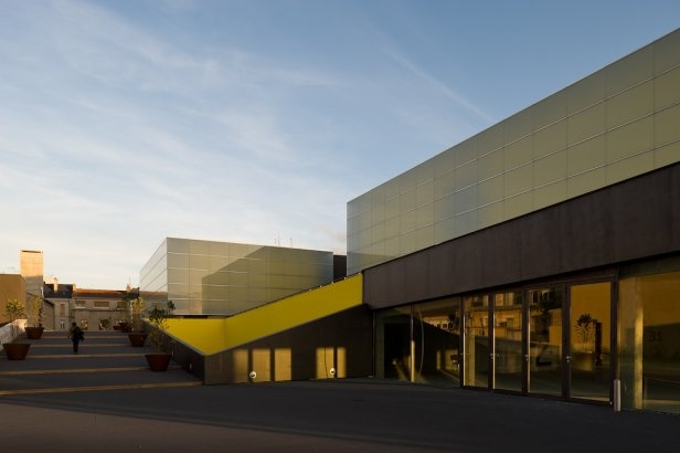 Project - Theatre and Auditorium Poitiers - Architizer