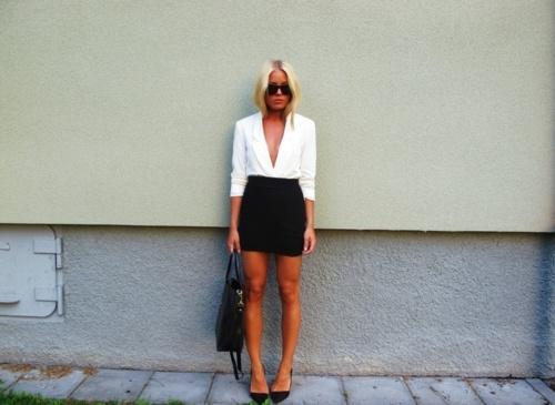 .Light Pink Blazers, Black And White, Fashion Blogs, Black White, Image, Fashion Royalty, Blazers Tuck, Personalized Style, Http Jayla31 Blogspot Com