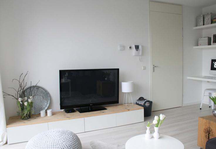 25 beste idee n over hoek kast op pinterest hoek provisiekast keuken bijkeuken ontwerp en - Tv hoek meubels ...