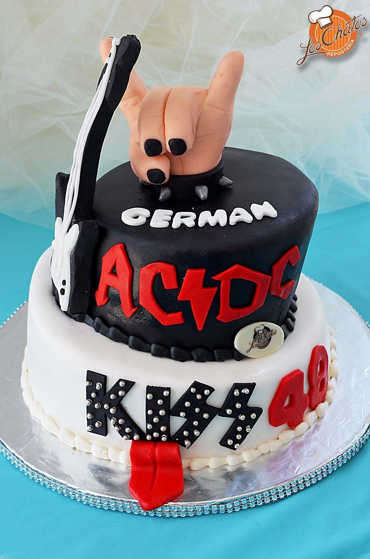 Pastel rockero de AC/DC y KISS