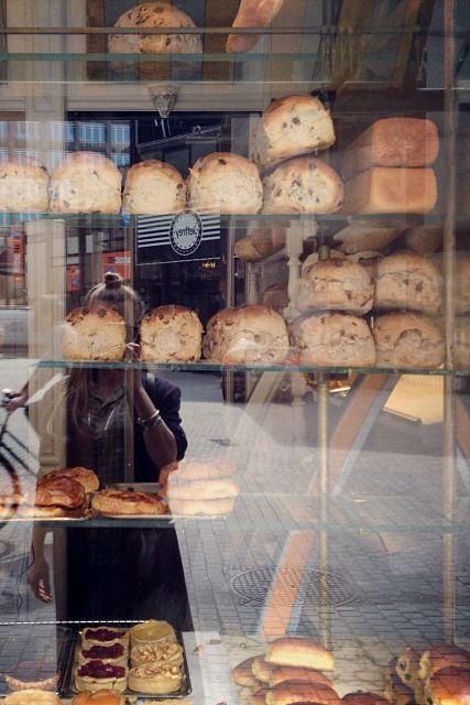 Heerlijke specialiteiten bij Bakkerij Goossens in Antwerpen | ELLE Eten NL Just at the corner