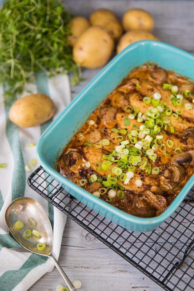 Kyckling: Kyckling i ugn med grädde, champinjoner och kokt potatis