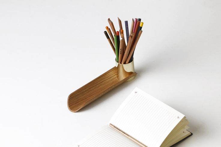 DSK01 pencil holder and tray by shibui.ch