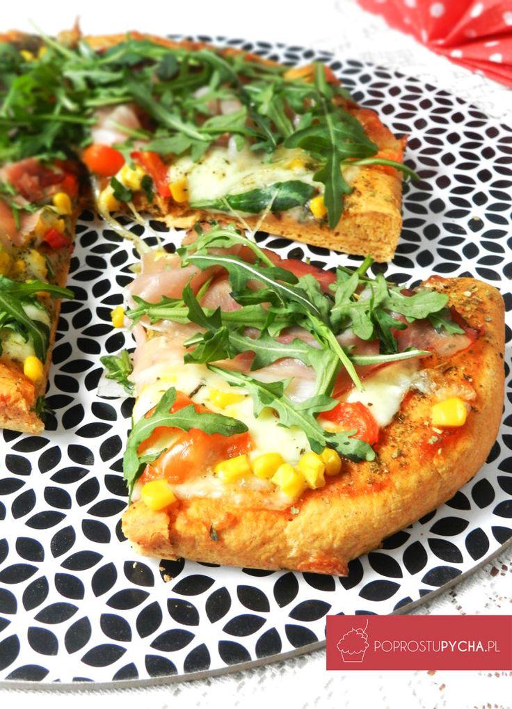 Pizza doskonała! :)Z szynką szwarcwaldzką, mozzarellą i rukolą :)