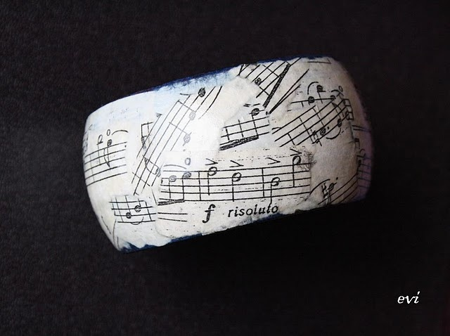 Must do! #sheetmusic #recycle #jewelry