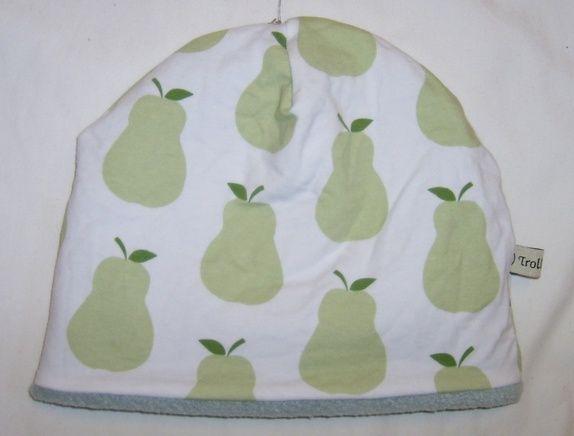 Luen er sydd av bomullsjersey og er foret med microfleece. Holder hode varmt.  str 7år- voksen Kan vaskes på 40 grader