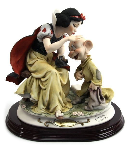 830 best images about disney figurines on pinterest disney beauty and the beast and fantasia 2000. Black Bedroom Furniture Sets. Home Design Ideas