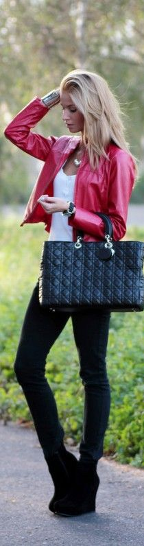 fall outfit, red leather jacket, black skinnies and a black bag