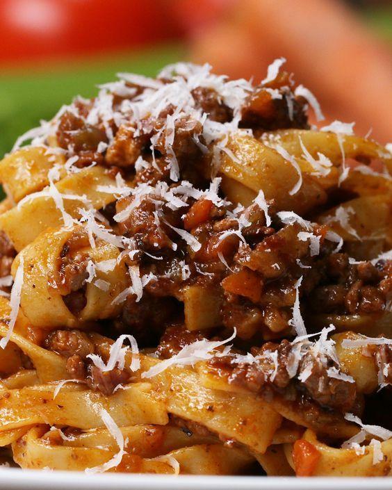 Italian-Style Bolognese (Ragù):