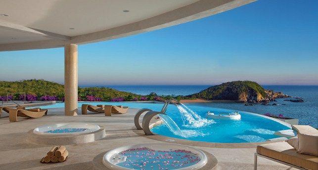 Just wow!  This is why #DestinationWeddings rock!  Secrets Huatulco Resort & Spa