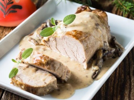 poivre, champignon de Paris, rôti de veau, oignon, fond de veau, beurre, sel, herbes de provence, vin blanc, basilic