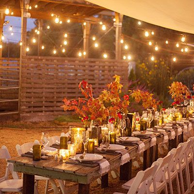 The hosts decided to embrace the scenic location and ideal fall weather and put together the ultimate farm-to-table dinner.