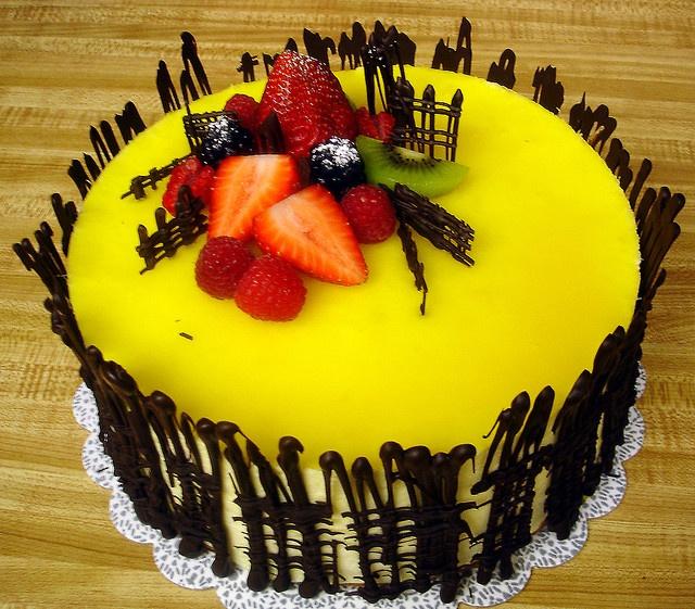 1000 images about chocolate decorations on pinterest - Mousse decoration ...