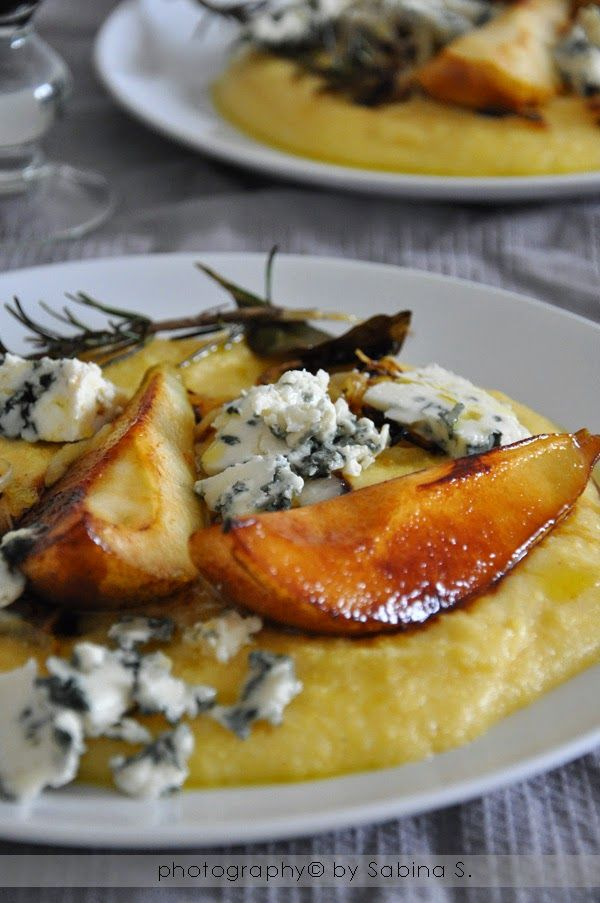 polenta con roquefort e pere