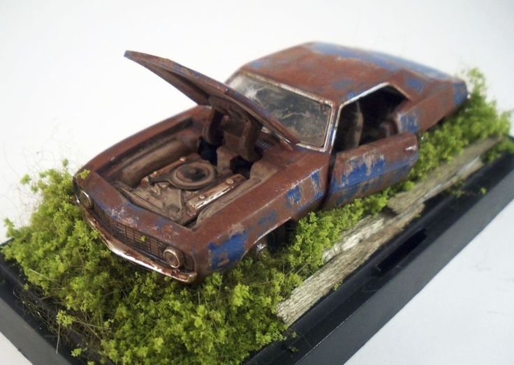 1969 Chevrolet Camaro ZL1 Custom Weathered Barn Find Unrestored 1 64 Diorama M2